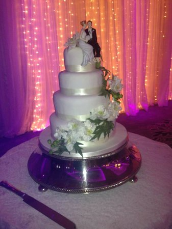 Great Southern Killarney: Wedding Cake