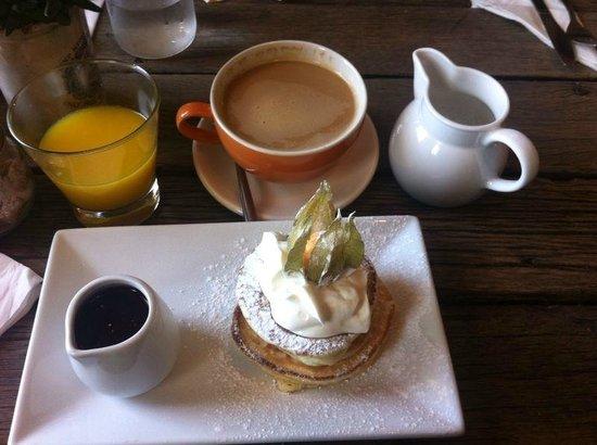 Artist Residence Brighton: desayuno