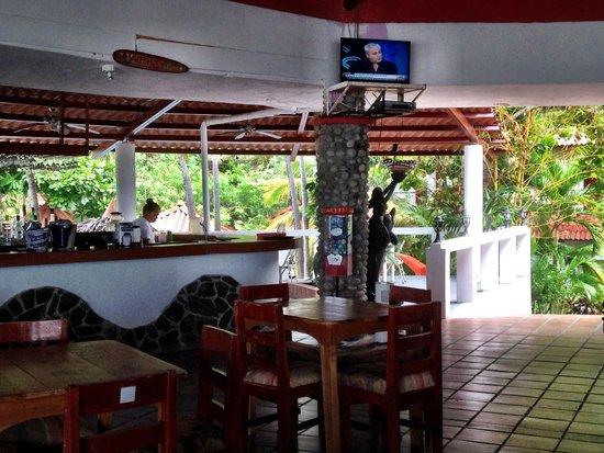 Bay View Hotel: Bar in restaurant area