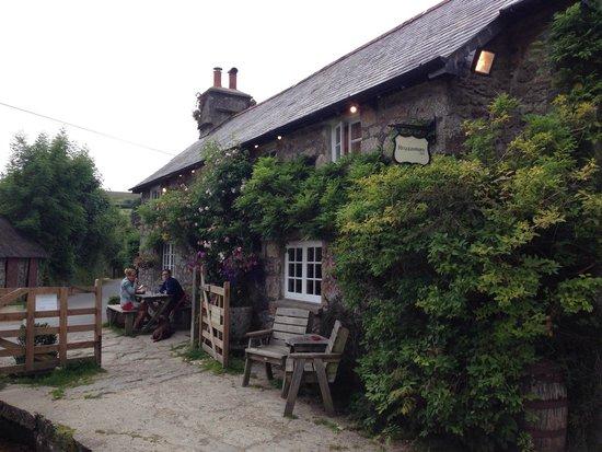 Rugglestone Inn: The inn