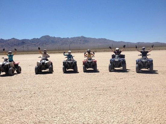 American Adventure Tours: Jean Dry Lake Bed