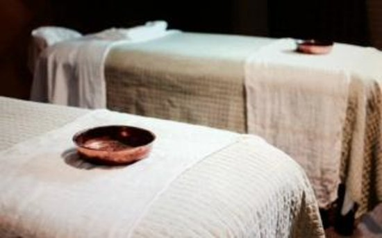 St. Pierre Massage and Spa : .