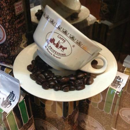 San Cipriano Picentino, Italia: il miglior caffe 100% arabico solo il meglio per i nostri clienti