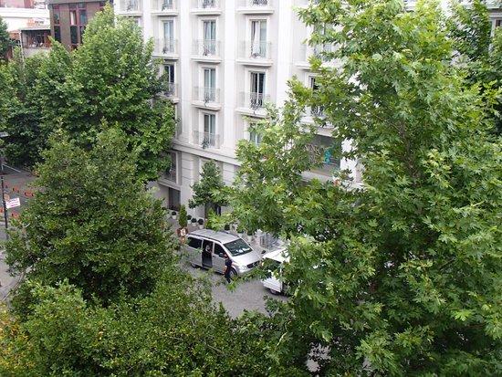 Recital Hotel: vista desde la habitación 404