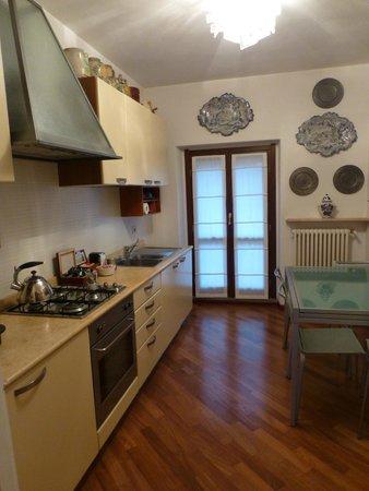 B&B Monteverdi: Kitchen/Dining area