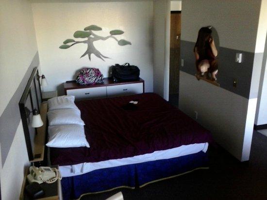 Kennewick Suites : Bedroom