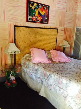 Cinderella Motel: Really Liked This Themed Room  Room 21