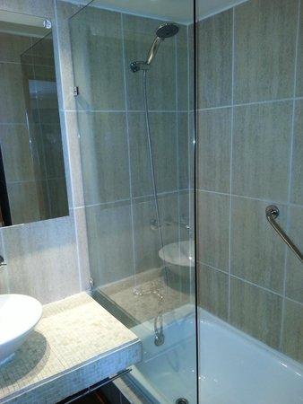 RQ Providencia: Banheiro