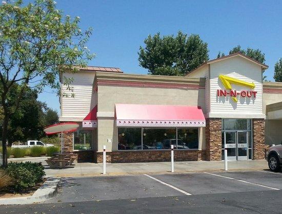 In-N-Out Burger: In-N-Out Menifee