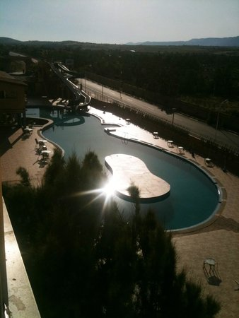 Hotel New-Beach : la piscine