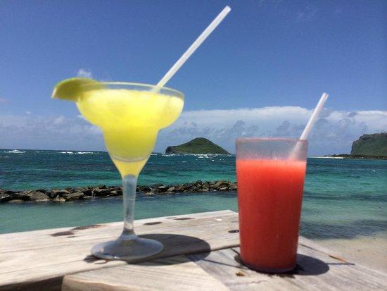 Coconut Bay Beach Resort & Spa: Colorful Drinks