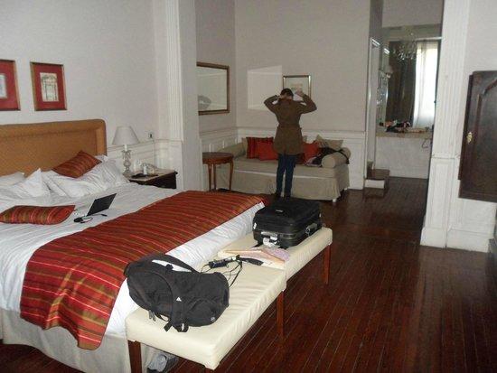 Hotel De La Ville: o quarto que ficamos