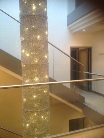 Hotel Rozany Gaj: Internal stairs