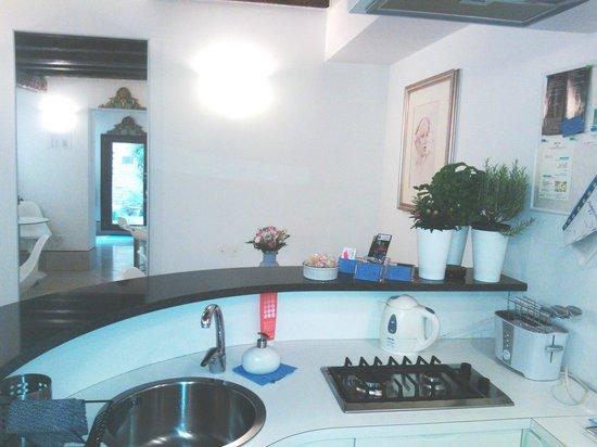 Santa Margherita Guesthouse: angolo cottura