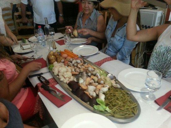 Chez Kinou : Nuedto plato esto fue lo q nos sorprendió. ..