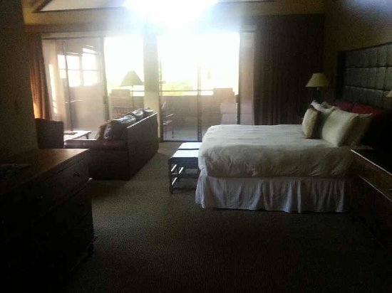 "Lodge at Ventana Canyon: The ""Bed Area"" and WHITE linens ...."