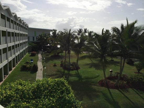 Coconut Bay Beach Resort & Spa: Room View towards lobby