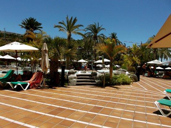 IFA Beach Hotel: Pool Area
