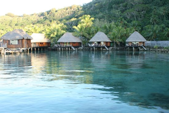 Sofitel Bora Bora Marara Beach Resort: Lagoon front rooms