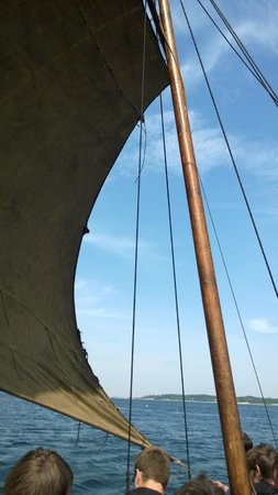 Museo de Barcos Vikingos: The wool sail took over 4000 hours to make