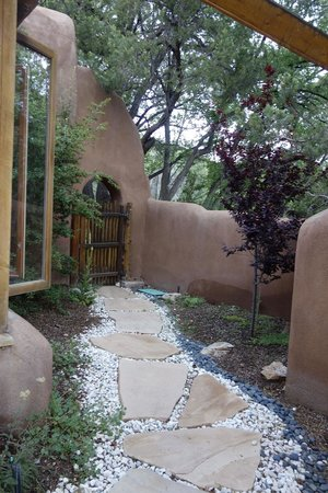 Ten Thousand Waves : View of private area for casita