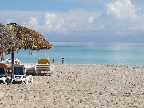Hotel Roc Arenas Doradas: Praia de Varadero