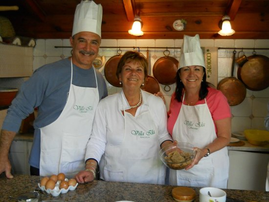 Villa Ida Cooking Lessons: Hubby and I with Angela!  Grazie Angela!