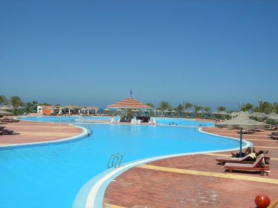 Fantazia Resort: parte della piscina