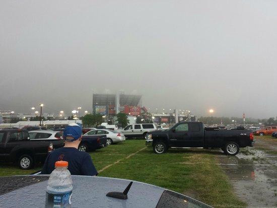 Richmond International Raceway : parking lot