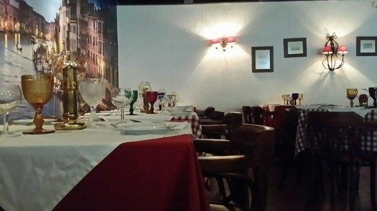 Napoli : O interior