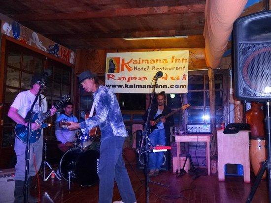 Kaimana Inn Hotel & Restaurant: A melhor balada!