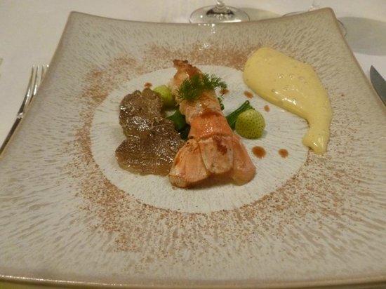 Hotel Restaurant Regis & Jacques Marcon : Langouste et truffe blanche : plat réussi