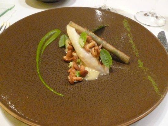 Hotel Restaurant Regis & Jacques Marcon : Excellent saint-pierre