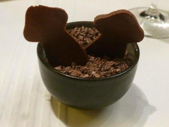 Hotel Restaurant Regis & Jacques Marcon : ah ! le chocolat aux cèpes