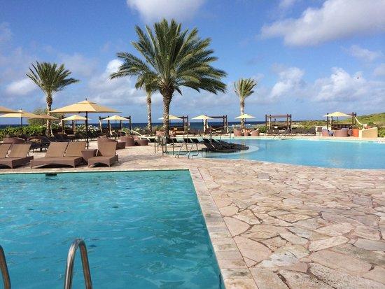 Santa Barbara Beach & Golf Resort, Curacao: Pools