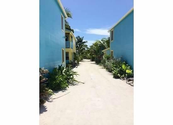 Colinda Cabanas: the Cabanas