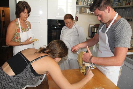 La Cucina del Garga-Cooking Classes-: Making Homade Pasta