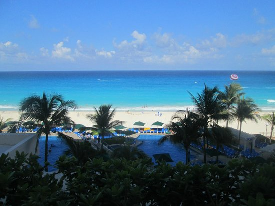 Royal Solaris Cancun : View from rooms 1122 and 1126