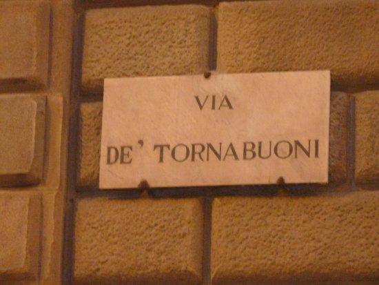 Via de' Tornabuoni: Plaque de rue