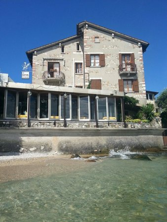 Hotel Grifone: View from the lake