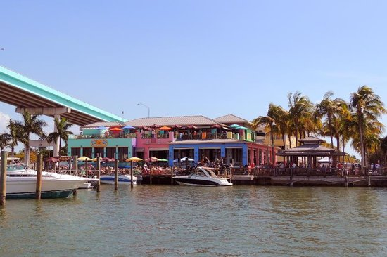 Nervous Nellie's Ft Myers Beach: Nervous Nellie's from the water