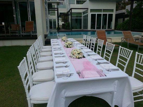 Aleenta Phuket Resort & Spa: Beach Party