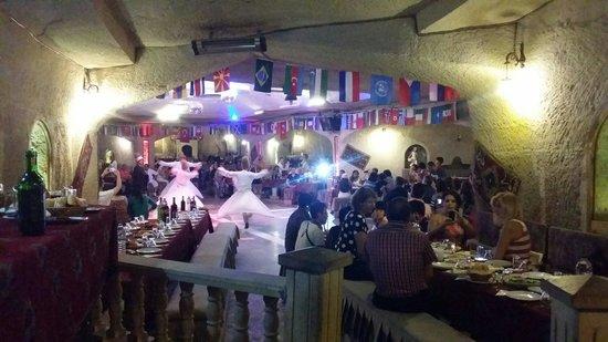 Yasar Baba Resturaunt & Turkish Nights: Dervisci