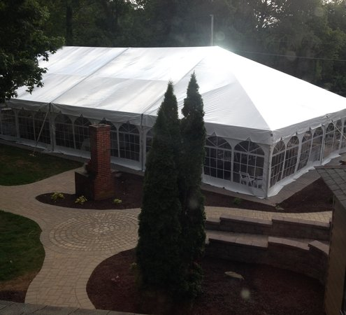 Cornwall Inn: Outdoor Event Tent