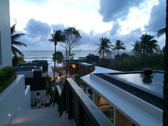 Aleenta Resort & Spa Phuket Phangnga: View from reception at evening