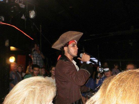 Captain Hook Barco Pirata Pirate Ship: Me enamore <3 JA el capitan de nuestro barco