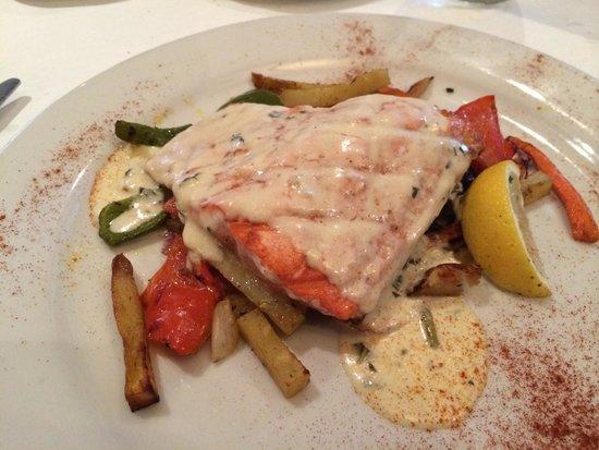 Biaggis Ristrorante Italaino: Seared wild sockeye salmon