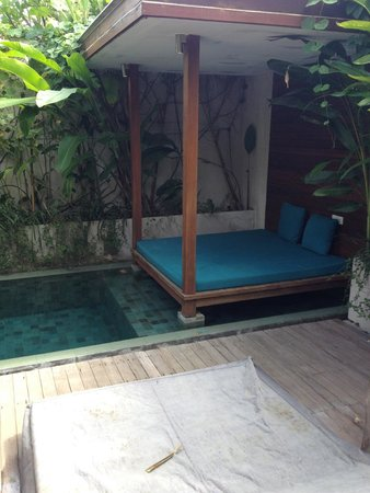 Maca Villas & Spa: day bed