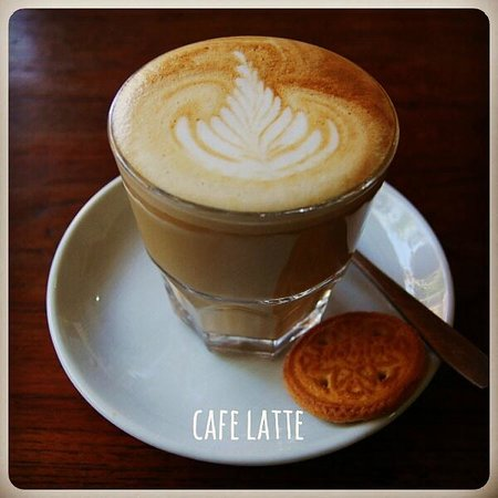 Paideia Coffee Shop: coffee+milk = best friends