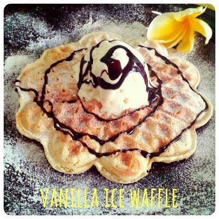 Paideia Coffee Shop: Vanilla Ice Waffle